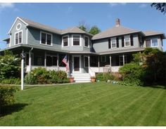 $895,000 A BEAUTIFUL GARDEN AND LAWN UNFOLDS IN FRONT OF THIS APPEALING WELCH COLONIAL THINGS YOU'LL LOVE: AC, RADIANT HEAT, SLATE FLR. ENTRY, GAS FPL. W/COPPER TILE, WET BAR, 1ST FLR MBR SUITE W/GLASS TILE SHOWER + SOAKING TUB & ACCESS TO PRIVATE DECK OVERLOOKING PRETTY GARDEN & BUBBLING WATER FOUNTAIN, UPDATED KITCHEN, BATHS, LIVING RM W/WOOD BURNING FPL. 2ND FLR. LIGHT FILLED LOFT W/COFFERED CEILING. CHOICE OF 2ND FLR. MBR. WRAP AROUND PORCH, RIVER & OCEAN VIEWS. STROLL TO RIVERMOOR…