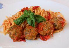 La Fée Stéphanie: Spaghetti aux boulettes d'aubergines, un plat 100% végétal gorgé de soleil!