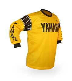 Vintage Style Yamaha Motocross Jersey - you had a shirt soooo like this one. Yamaha Motocross, Motocross Shirts, Scrambler Motorcycle, Moto Bike, Motorcycles, Vintage Biker, Vintage Motocross, Retro Fashion, Vintage Fashion