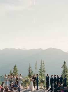27 Jaw-Dropping Outdoor Wedding Ceremony Views – Style Me Pretty Wedding Places, Wedding Locations, Wedding Tips, Fall Wedding, Destination Wedding, Dream Wedding, Wedding Posing, Colorado Wedding Venues, Boho Wedding