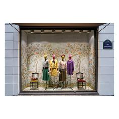 Unveiled today: @coletteparis's special #Gucci windows featuring new print #GucciTian. #GucciPopUp