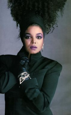 Janet Jackson by Tony Viramontes, 1986 - Control Janet Jackson 80s, Jo Jackson, Jackson Family, Michael Jackson, Divas, The Jacksons, I Love Music, Makeup Looks, Natural Hair Styles