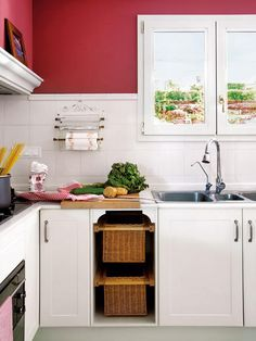 53 Cool Pull Out Kitchen Drawers And Shelves | Shelterness /// for the onions and potatoes...
