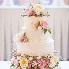 English Roses & Peonies Wedding Cake