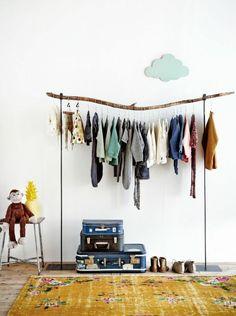 idee deco chambre ado fille, décoration murale en forme de nuage