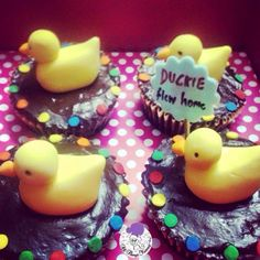 The duckies are back!! #duck #fondantduck #fondantaccents #duckies #animals #handmadewithlove #delhibakery #cupcakes #customised #customisedcupcakes #atyummy #beak #quack #desserts #chocolatecupcakes #fondantanimals #polkadots #ganache #caramel