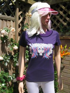 """""""Tripletts"""", en annen unik Alice Brands design på kvinners topper og T-skjorter. Vi har et bredt spekter av fargebilder på forskjellige topper laget av kvalitet myke og behagelige materialer. Se dem alle på en av disse to nettstedene: www.etsy.com/shop/AliceBrands. www.alicebrands.co.uk. #alicebrands."""