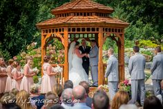 Stephanie And Andres S Travel Themed Madison Wedding Photography Paradise Park The Legend At Bergamont