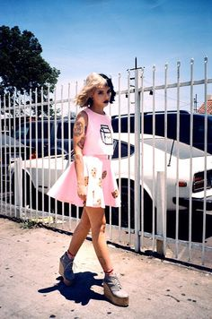 melanie martinez, cry baby, and melanie Bild Cry Baby, Melanie Martinez Canciones, Melanie Martinez Style, Melanie Martinez Outfits, Paramore, Maggie Lindemann, Indie Music, Her Music, Zendaya