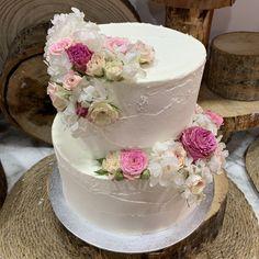 tarta buttercream palateada blanca deco floral
