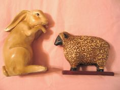 Collectibles Carved Farm Animals Greenbrier Baa Sheep & Hopping Rabbit