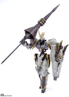 Custom Build: HG 1/144 Iron-Blood White Knight - Gundam Kits Collection News and Reviews Gundam Iron Blooded Orphans, Gundam Wallpapers, Gundam Custom Build, Gundam Art, Mecha Anime, Gundam Model, Mobile Suit, Art Model, Rwby
