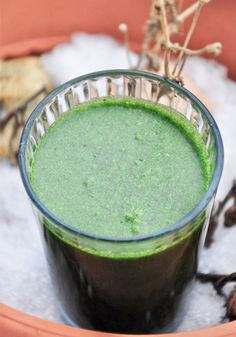 Immunity booster green smoothie is amazing!! Looks pretty grooss right?! Well, don't let the appearances fool you because this is sweet and delicious! Also there is some great info in this article about herb powders and their benefits. |  gourmandelle.com