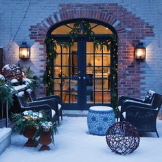 11 Outdoor Holiday Decorating Ideas: Even though a back patio is too chilly for lingering, you can still dress it for holiday success. Christmas Porch, Outdoor Christmas, White Christmas, Christmas Houses, Beautiful Christmas, Christmas Time, Xmas, Outdoor Rooms, Outdoor Living