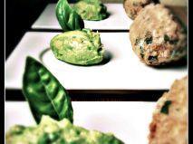 Ricetta Quenelle di quinoa al pesto con crema di avocado