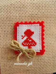 clubulfanteziei.blogspot.com Textiles, All Craft, Baba Marta, 8 Martie, Projects To Try, Cross Stitch, Diy Crafts, Activities, Beads
