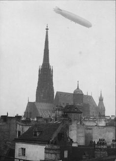 Zeppelin Vienna Scenery Pictures, Old Pictures, Vienna Secession, Austro Hungarian, Zeppelin, Time Travel, Nature Photography, Beautiful Pictures, Old Things