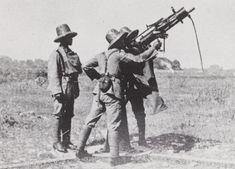 Schietoefening met luchtdoelmitrailleur. 1923-1941. Nederlands-Indië Ww2, Indie, History, World War Ii, Historia