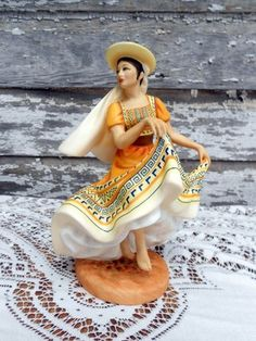 Royal Doulton Mexican Dancers of the World.