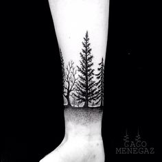 The forest ... #cacomenegaz #dotwork #dotworkers #dotworktattoo #BLXCKINK #blackwork #blxcktattoo #blackworkers #onlyblackink #foresttattoo
