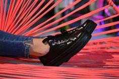 Las #zapatillas #deportivas se han convertido en imprescindibles en los #outfits de esta temporada... ¡Para todos los #looks! ¿A qué esperas para ponerte las tuyas? MUNICH, Cruyffshop, Zapatillas Victoria, entre otras marcas en nuestra zapatería online: http://calzadorodriguez.com/es/