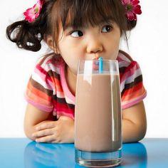 16 alimentos que crianças até dois anos de idade não devem ingerir.