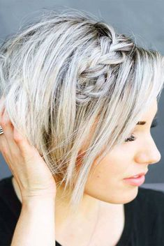 Easy and Gorgeous Hairstyles for Women with Short Hair