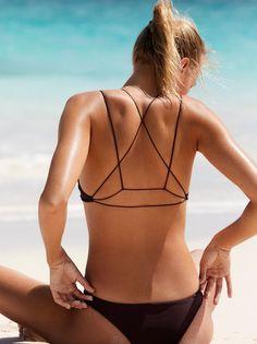 Alapio Bikini Top | In a pull-on style this bikini top features a strappy back. #swimwear#style#woman#beauty
