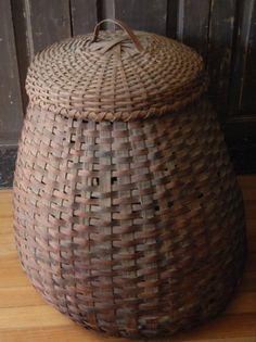 Awwwwesome old storage basket!!!