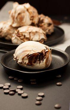 Massive Chocolate Swirl Meringues – Dan330