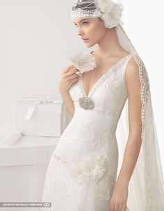 rosa clara designer bridal gown with veil #GOWSRedesign