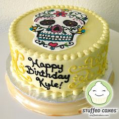 I've gotten the chance to make Day of the Dead themed cakes quite a few times and I always love decorating the sugar skulls. This cake was n. Sugar Skull Cakes, Sugar Skulls, Halloween Birthday Cakes, Themed Cakes, Sweet Treats, Desserts, Emo, Skulls, Mexican