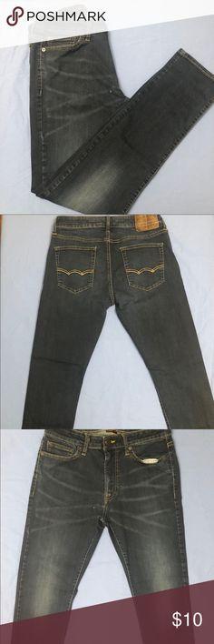 Men's American Eagle Slim Fit Jeans Men's American Eagle Extreme Flex Slim Fit Jeans,  Size 30 x 32. American Eagle Outfitters Jeans Slim
