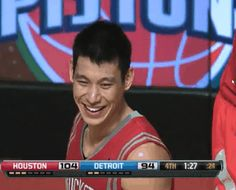 Look at Jeremy Lin's smile!!