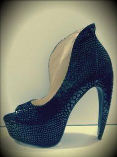 d51f230e206a Kat Von D 2. I want them!! ⚡