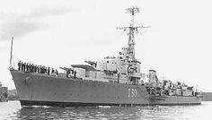 HMAS Arunta I30 Sailing Knots, Royal Australian Navy, Camouflage Patterns, Royal Navy, Military History, Wwii, Paris Skyline, Ships, Weapon