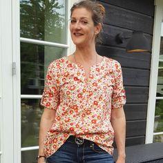 Die Piper Boho Tunika PDF-Muster ist eine entspannte böhmischen Tunika oder Hemd, gestaltet eine schnelle und einfach zu nähen. Das Muster eignet