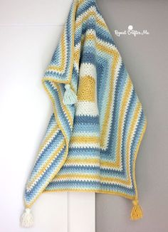 Moss Stitch in a Square Crochet Blanket - Repeat Crafter Me