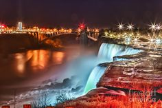 Googles billedresultat for http://images.fineartamerica.com/images-medium-large/niagara-falls-at-night-chuck-alaimo.jpg