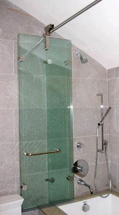 Wilson Glass BI FOLD SHOWER