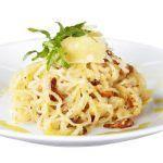 Shirataki těstoviny carbonara Spaghetti, Ethnic Recipes, Food, Per Diem, Meal, Eten, Meals, Noodle