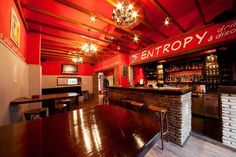 Entropy Bar, Parikia: Paros beer pong