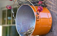 Lure robins and wrens to your yard with this Nesting Box tutorial.