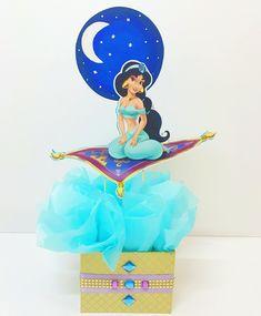 No hay descripción de la foto disponible. Jasmin Party, Princess Jasmine Party, Princess Theme Party, Disney Princess Party, Princess Birthday, Aladdin Birthday Party, Aladdin Party, Disney Princess Centerpieces, Arabian Party