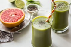 Grapefruit Smoothie with Chia is the perfect winter smoothie. Whip up the night before for an easy breakfast on the go.