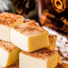 This white chocolate fudge is flavored with Don Q Gran Añejo, giving this rum fudge a taste of a classic hot buttered rum. Perfect for gifting! Rum Fudge Recipe, Fudge Recipes, Best Dessert Recipes, Candy Recipes, Fun Desserts, Sweet Recipes, Delicious Desserts, Butter Rum Candy Recipe, Italian Desserts