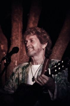 Jon Anderson, founding member and former lead vocalist of the definitive progressive rock band Yes, will guest star in Raiding The Rock Vault, the Ultimate Classic Rock Concert Experience, Sept. Yes Band, Progressive Rock, Lonely Heart, Rock Concert, Byron Bay, Concert Posters, Great Bands, My Favorite Music, Rock Bands