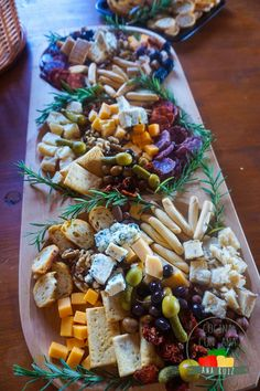 Party Food Platters, Cheese Platters, Elegant Appetizers, Cheese Lover, Canapes, Charcuterie Board, Antipasto, Party Snacks, Finger Foods