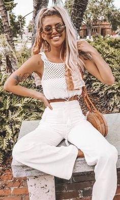 40 Beautiful Summer Looks Just For You All White Outfit, White Outfits, Summer Outfits, Casual Outfits, White Crochet Top, Ootd Fashion, Womens Fashion, Chicken Nuggets, Looking Gorgeous