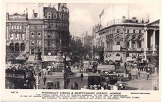 Postcard of Piccadilly Circus and Shaftesbury Avenue 1911 Vintage London, Old London, Minimalist Desktop Wallpaper, Piccadilly Circus, Bus Coach, Famous Landmarks, West End, British History, Fountain